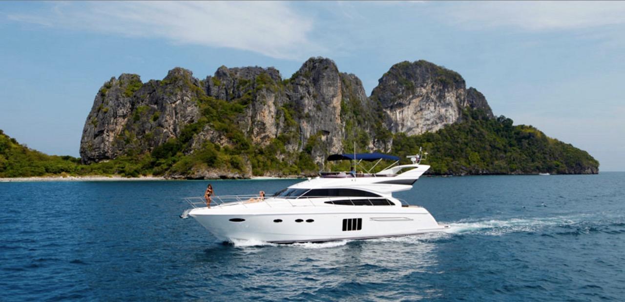 2-luxury-yacht-wedding-venue-the-wedding-bliss-thailand