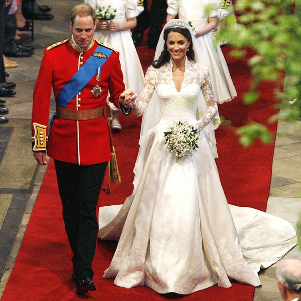 5b3dc583fae Kate-Middleton-and-Prince-William-wedding-day-2011 - The Wedding ...