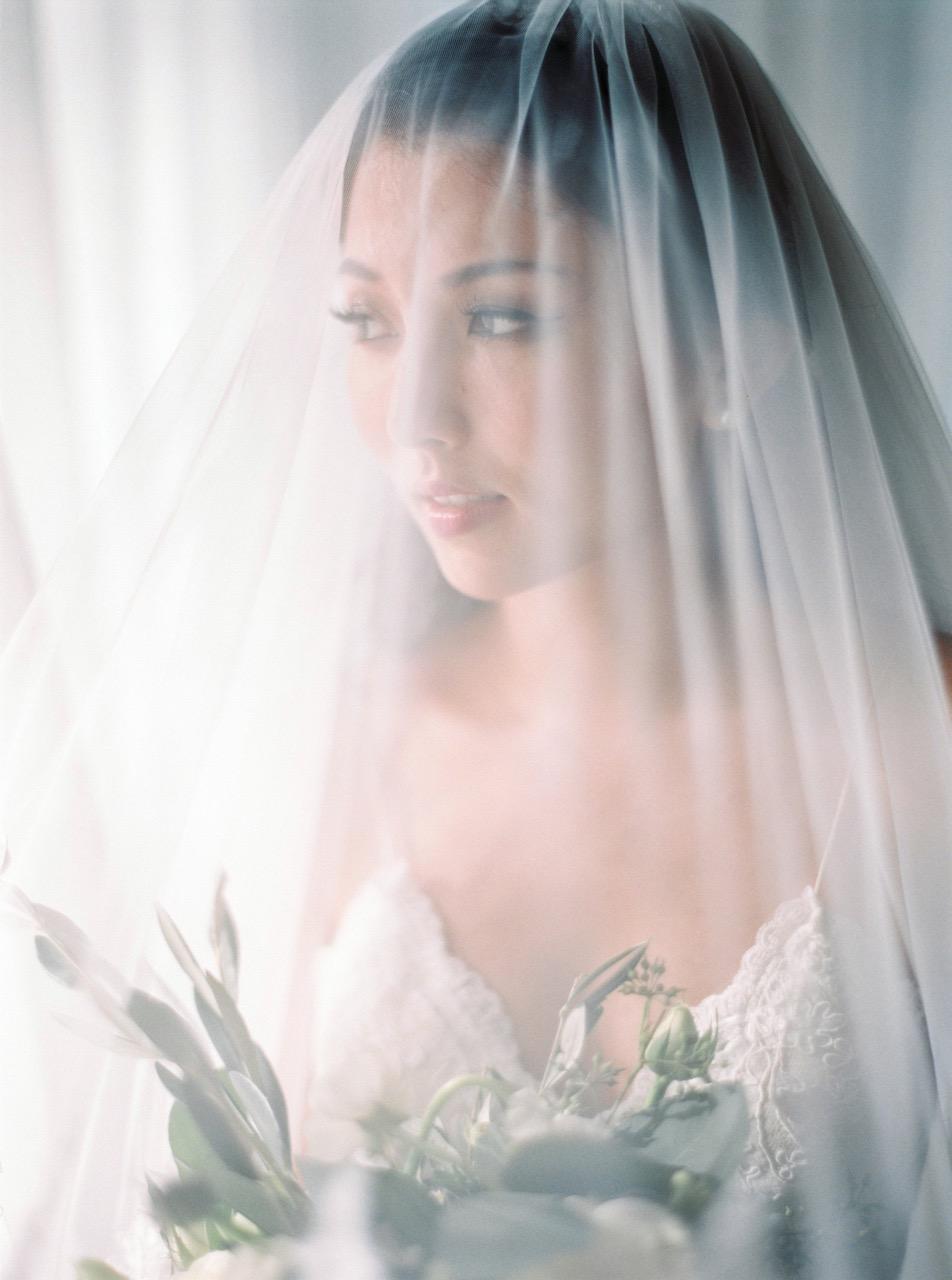 weddingphotographerinitalyfilmfineartthecablookfotolabphuketweddingrenaissancehotel-375