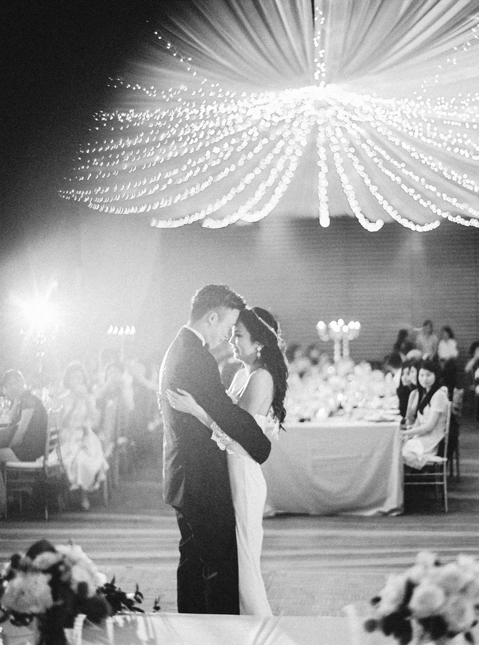weddingphotographerinitalyfilmfineartthecablookfotolabphuketweddingrenaissancehotel-788
